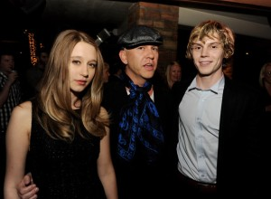COVEN Farmiga, Murphy, Peters