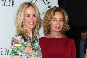 jessica-lange-sarah-paulson-american-horror-story-coven