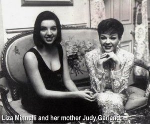 judy_garland_with_her_daughter_liza_minnelli__36yNW4B4.sized