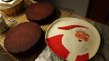 nov-8-16-red-velvet-layers-and-santa-plate